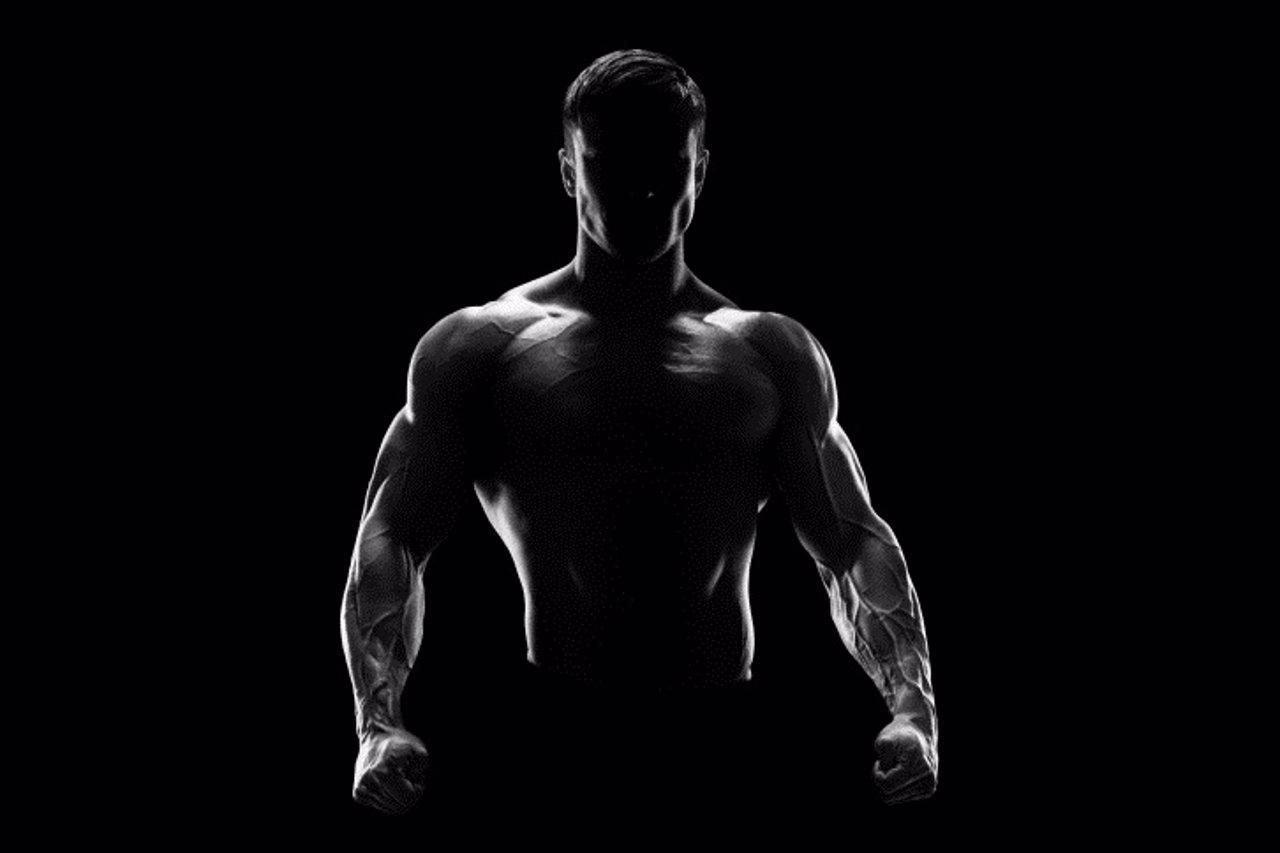 Hombre musculado, vigorexia