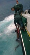 Una patera con motor con 18 subsaharianos llega a Ceuta