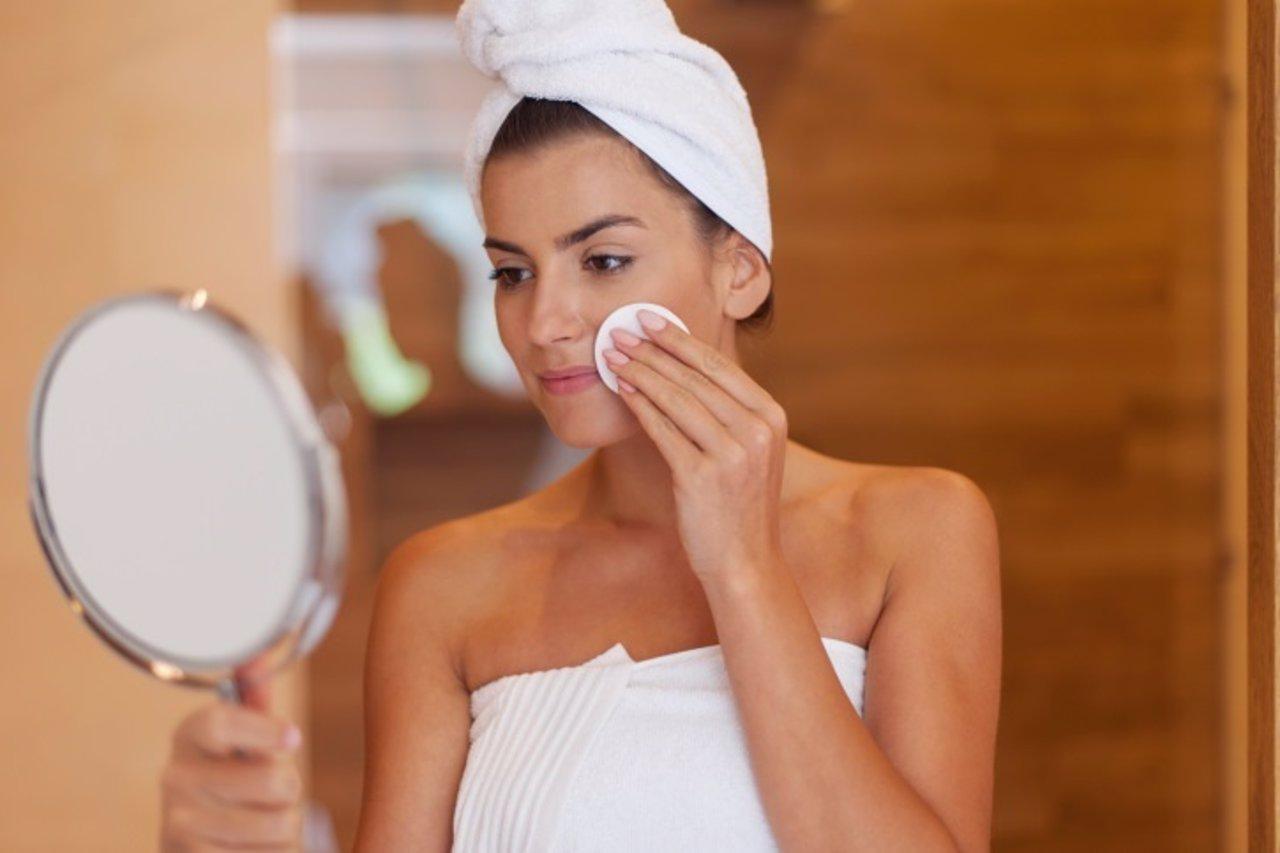 C mo hacer una la limpieza facial en casa - Como hacer la limpieza de la casa ...