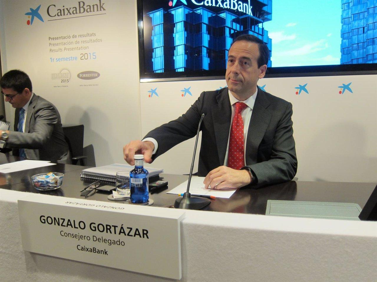 Gort zar cifra en un 7 las operaciones de caixabank a for Oficinas caixabank madrid