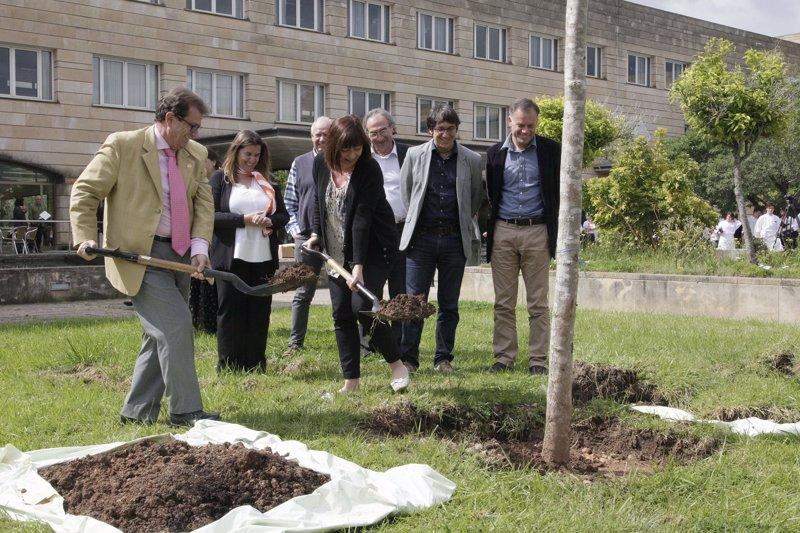 Armengol destaca 'la apuesta estratégica' que supuso la creación de la Escuela de Hostelería