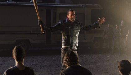 Un trabajador de The Walking Dead filtra a quién ha matado Negan