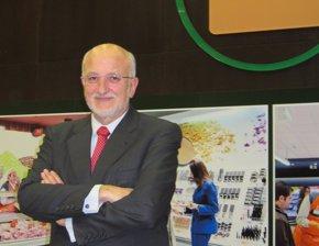 Foto: Juan Roig, Cándido Méndez, Fidalgo y María Benjumea, premiados con la Medalla al Mérito en el Trabajo (EUROPA PRESS)