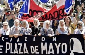 Foto: Se cumplen 39 años de la primera protesta de las Madres de la Plaza de Mayo (REUTERS)