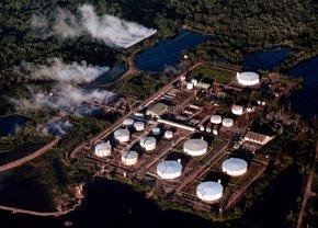 Foto: Paralizado el oleoducto colombiano Caño Limón-Coveñas por un ataque del ELN (REUTERS)
