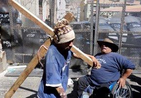 Foto: Se endurecen las protestas de los discapacitados en Bolivia (REUTERS)