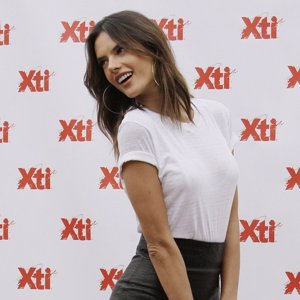 Alessandra Ambrosio, sus trucos de belleza y su 'shooting' con Jesús Castro