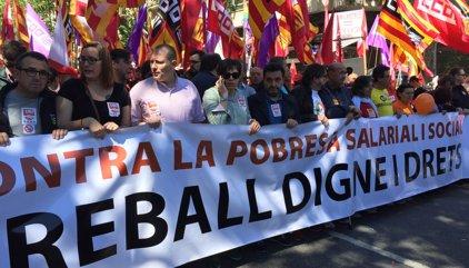 Arrenca la manifestació a Barcelona amb proclames per la recuperació de drets i salaris