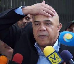 L'oposició veneçolana entrega 1,8 milions de firmes contra Maduro (YOUTUBE )