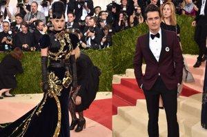 Orlando Bloom y Katy Perry, juntos pero no revueltos en la Gala Met