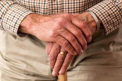 El Tercer Sector proposa crear un telèfon d'atenció a ancians que pateixen maltractaments (PEXELS)