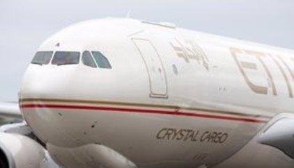 """Heridas 31 personas a causa de una turbulencia """"grave"""" en un vuelo entre EAU e Indonesia"""