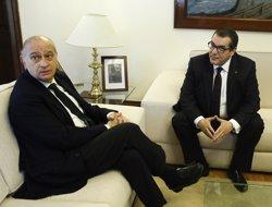 Estat i Generalitat acorden donar més competències als Mossos en la lluita antiterrorista (EUROPA PRESS)