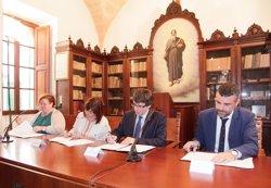 Armengol i Puigdemont formalitzen el reingrés de les Balears a l'Institut Ramon Llull (CAIB)
