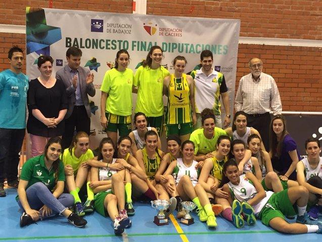 Foto: San Antonio Cáceres Basket y CB Al-Qázeres, campeones del Trofeo Diputaciones disputado en Miajadas  (REMITIDA)