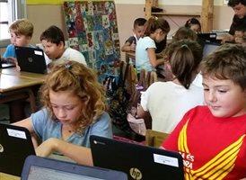 Las Escuelas Vedruna apuestan por la renovación tecnológica con Econocom para la digitalización de sus aulas