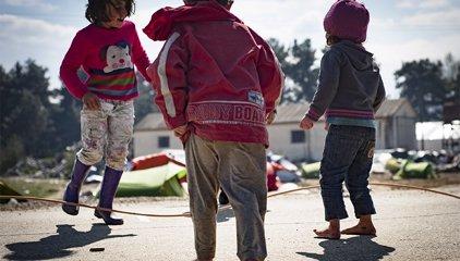 Grècia comença l'evacuació dels més de 8.000 refugiats albergats a Idomeni