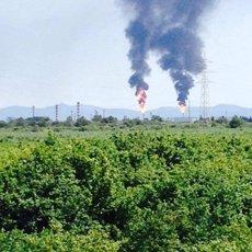 Protecció Civil rep 227 trucades per les dues columnes de fum negre a Tarragona (PROTECCIÓN CIVIL)