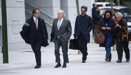El jutge investiga si els bancs van pagar els Pujol per gestionar nòmines de funcionaris de la Generalitat
