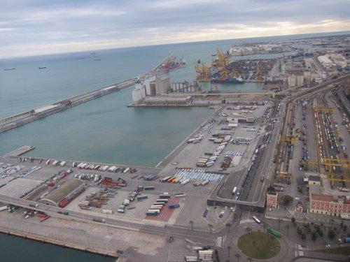 Galp instala la primera estación de gas natural vehicular en el Puerto de Barcelona