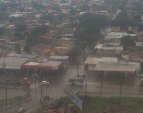 Foto: Las fuertes lluvias que azotan Recife (Brasil) dejan al menos cinco muertos (TWITTER @REPORTERBRUNO)
