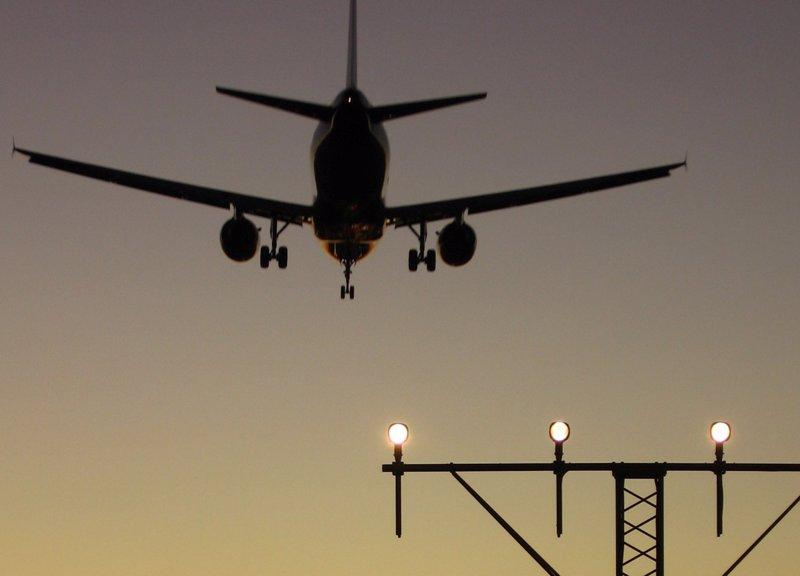 Crece un 4,6% el tráfico aéreo mundial de pasajeros en abril, según la IATA