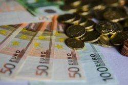 La balança per compte corrent va registrar un dèficit de 1.300 milions fins al març, un 18,7% menys (EUROPA PRESS)