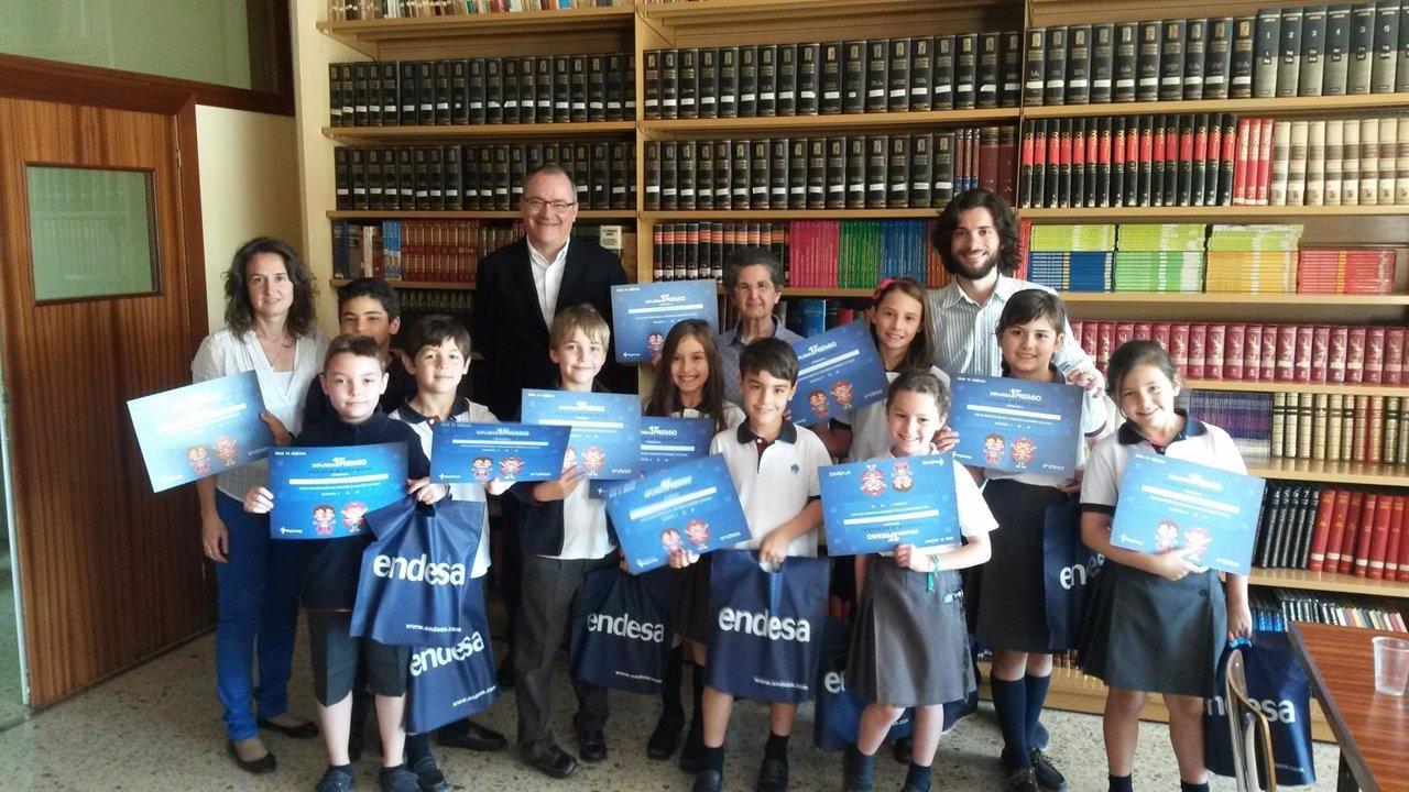 Endesa entrega al colegio 39 rosa mol s 39 el primer premio for Oficinas de endesa en zaragoza