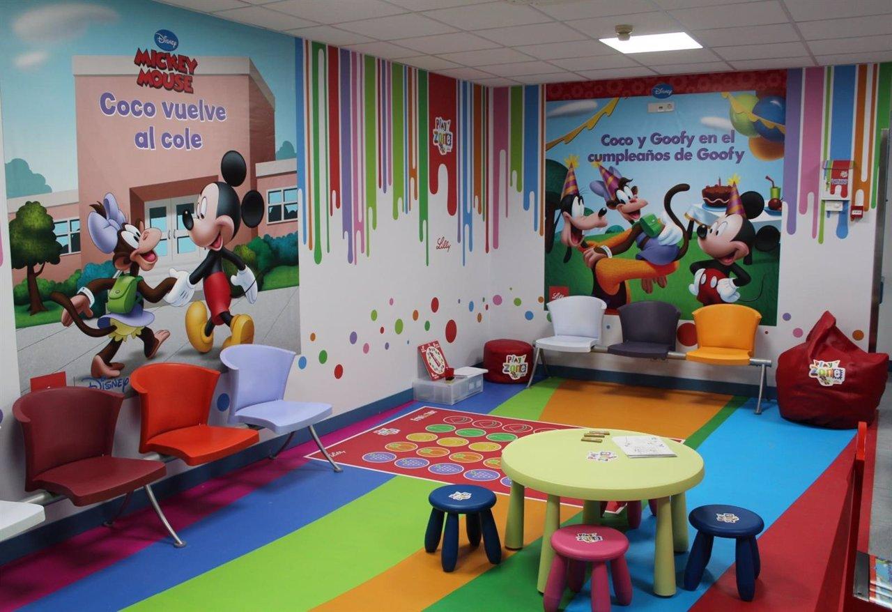 El hospital jim nez d az crea un espacio l dico y Decoracion de espacios de preescolar