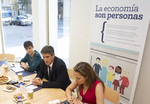 Triodos bank abre oficina en m laga la tercera de andaluc a for Unicaja oficinas malaga