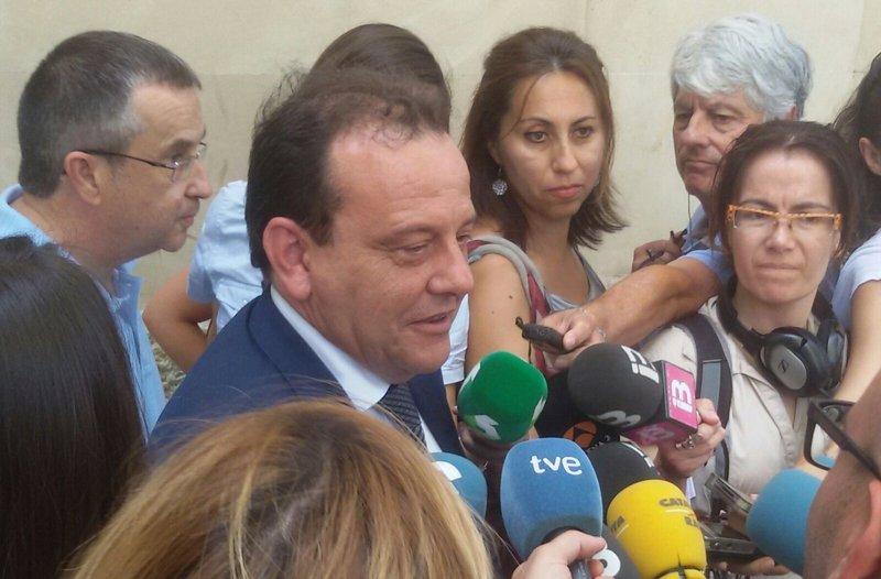 Horrach señala que Fernández Díaz debería haber dimitido 'de inmediato' por sus conversaciones contra ERC y CDC