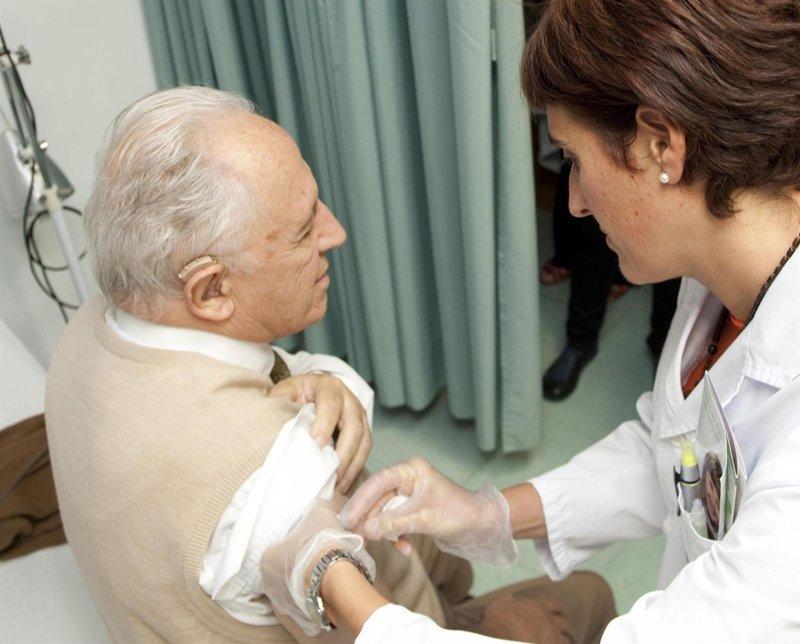 El Govern autoriza un gasto de 528.000 euros para la compra de vacunas contra la gripe