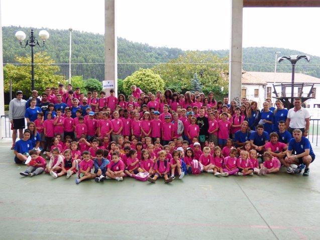Foto: Comienzan las actividades deportivas del verano en Argoños con más de 200 niños (EUROPA PRESS/REMITIDO)