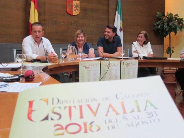 Foto: El programa cultural Estivalia llega este verano a 22 municipios de la provincia de Cáceres, siete más que en 2015 (EUROPA PRESS)