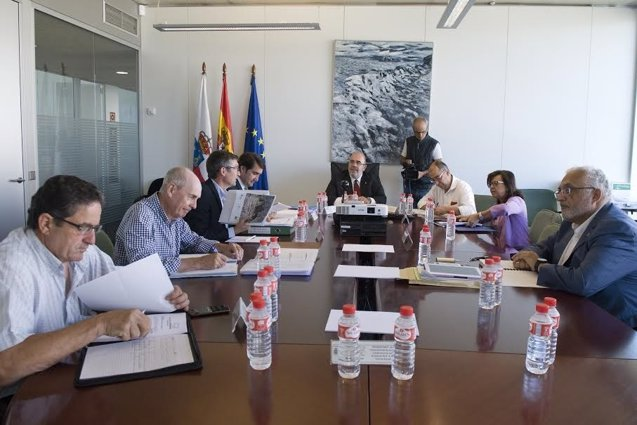 Foto: Cantabria, Asturias y Castilla y León acuerdan adaptar los estatutos de Picos de Europa a la ley nacional  (GOBIERNO )