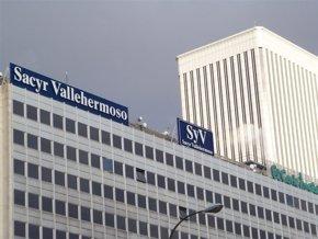 Foto: Sacyr formaliza el contrato de 9,2 millones para adaptar la estación de Santiago a nuevos servicios de AVE (EUROPA PRESS)