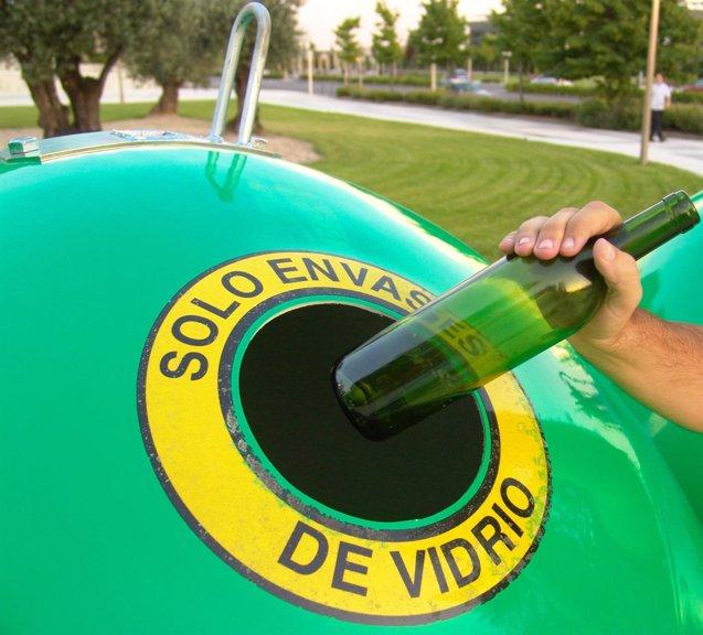 Foto: Seis de cada diez cántabros tienen más de un espacio para el reciclaje (CEDIDA)