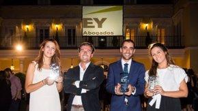 Foto: EY premia con un contrato fijo el mejor trabajado sobre derecho fiscal de España (EUROPA PRESS)