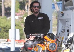 Keanu Reeves, constructor de motocicletas