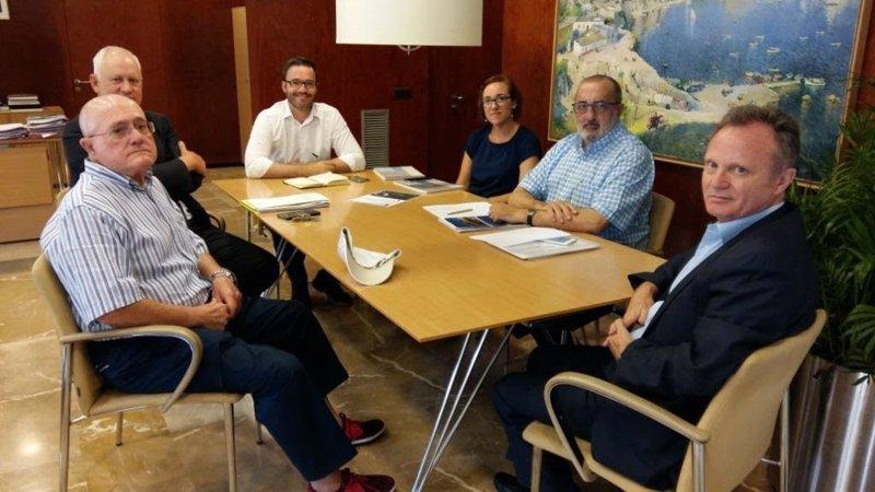 Palma insta a la empresa concesionaria del mantenimiento de la Playa a que su estado sea 'óptimo'