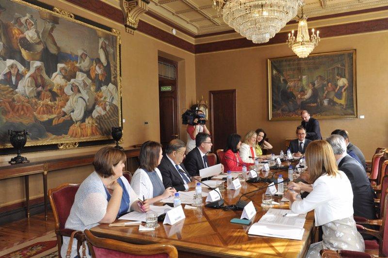 Xelo Huertas participa en la Conferencia de Presidentes de Parlamentos Autonómicos