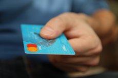 ¿En qué bancos se puede sacar dinero gratis en el extranjero? (PEXELS)