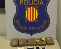 Presó per a un conductor per transportar 1,5 kg d'heroïna a Vielha (Lleida) (MOSSOS D'ESQUADRA)