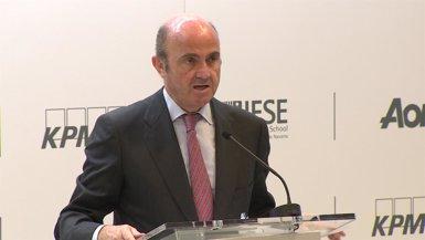 """De Guindos assegura que """"no hi ha ni hi haurà"""" sanció a Espanya pel dèficit (EUROPAPRESS)"""