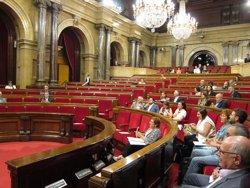 El Parlament podrà multar els diputats que actuïn per interès personal o acceptin regals (EUROPA PRESS)