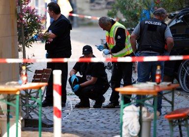 El terrorista d'Ansbach va jurar lleialtat a Estat Islàmic en un vídeo (MICHAELA REHLE/REUTERS)