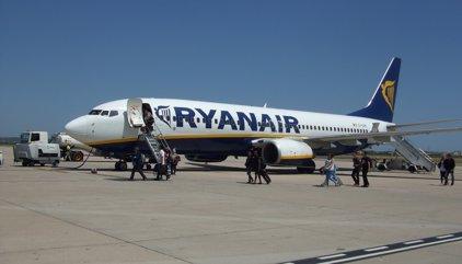 Ryanair llança ofertes per a dues de les tres rutes cancel·lades per Vueling