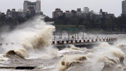 Alerta amarilla en Uruguay por un ciclón que podría afectar también a Argentina