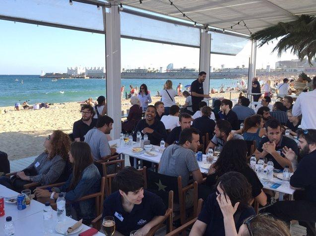 Foto: COMUNICADO: Aprender Inglés en la playa de Barcelona (CALLAN SCHOOL)