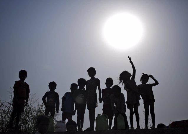 Foto: UNICEF teme que la nueva ley de trabajo infantil en India perjudique a los desfavorecidos (ANINDITO MUKHERJEE / REUTERS)